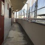 小田急相模原のペット可賃貸マンションの共有部(廊下と階段)のメンテを、大家さんとして行ってきました。